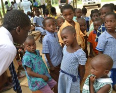 Joel talking to Kids in Ghana